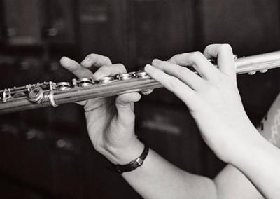 arts-flute-player