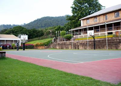 campus-basketball-court